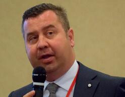 Federico Cozza, Leaderform